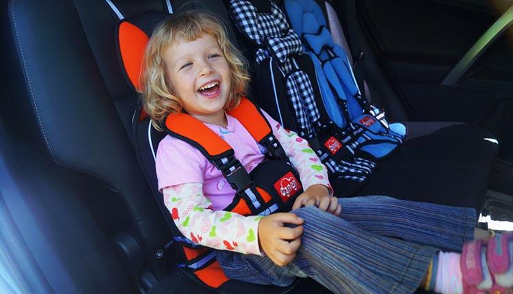 с какого возраста можно применять бескаркасное автокресло для ребенка